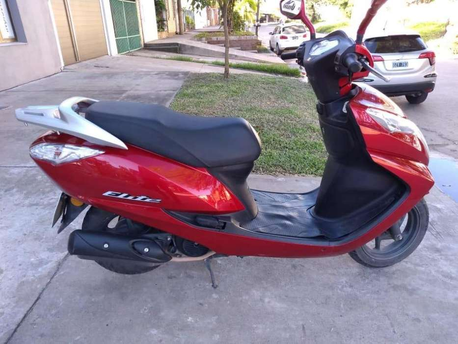 VENDO <strong>honda</strong> ELITE 125, MOD 2017, IMPECABLE,