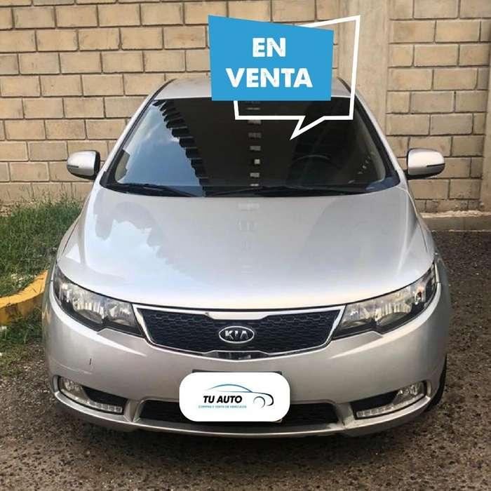 Kia Cerato Forte 2013 - 85000 km