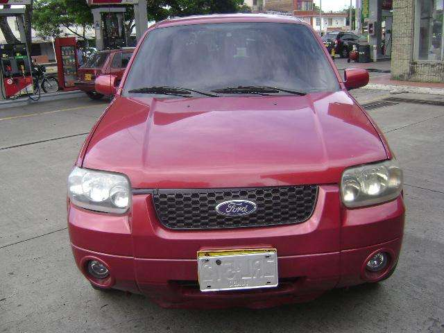 <strong>ford</strong> Escape 2006 - 119000 km
