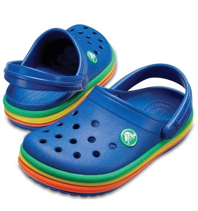Zapatos CROCS de niño