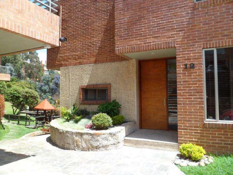 Casa En Venta En Bogota Lindaraja Cod. VBCYF19241