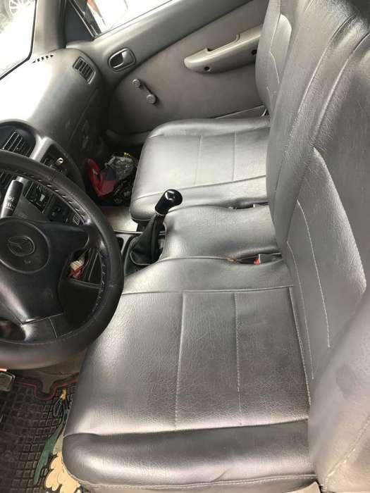 Mazda Estacas Lista para Trabajar.