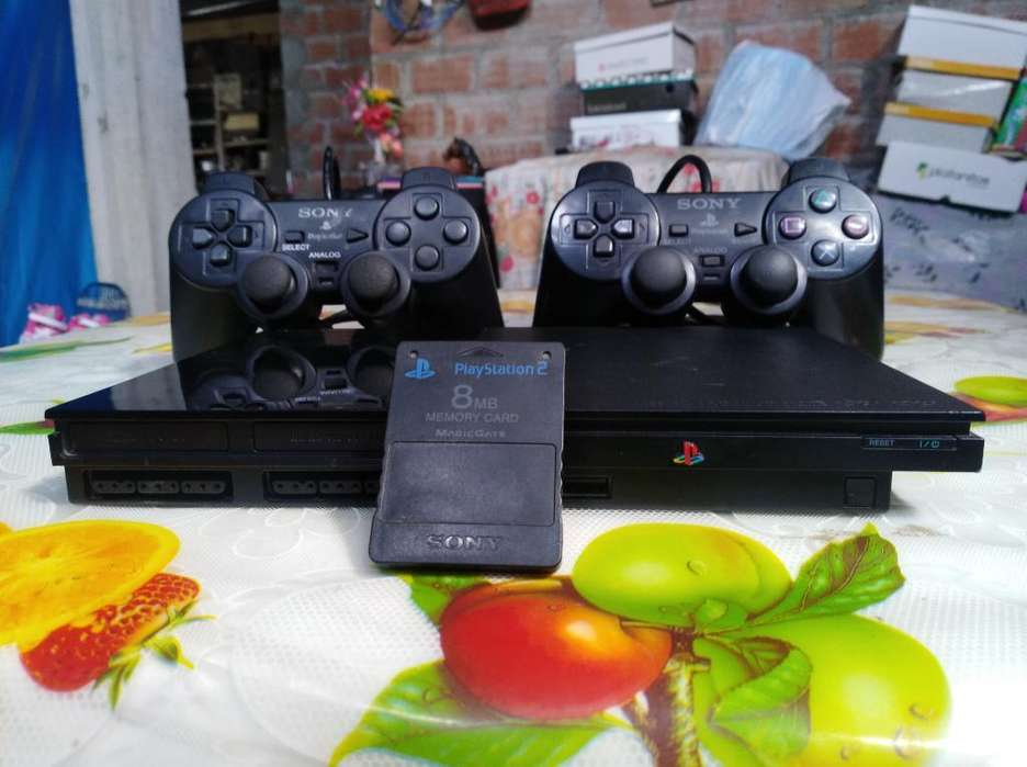 Play Station 2 con 39 Juegos