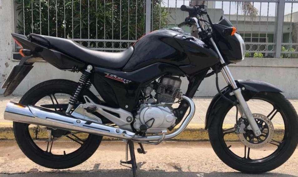 CG Titan 150 Modelo 2016