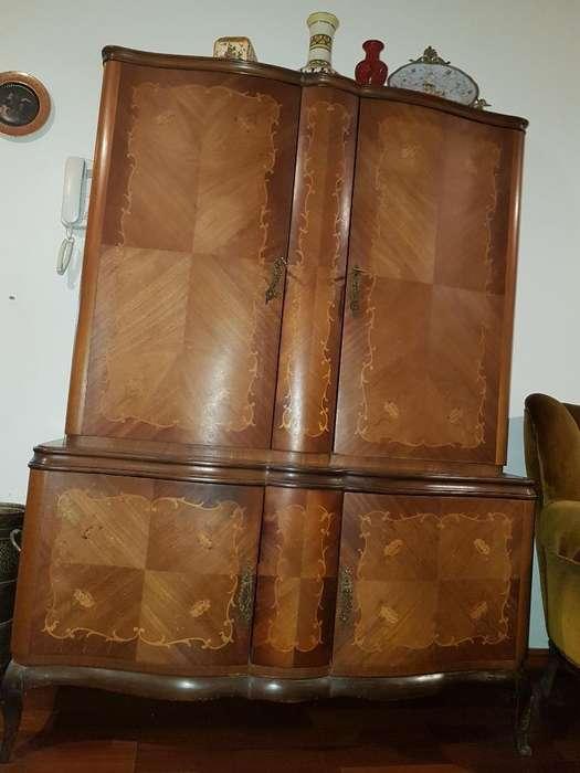 Mueble <strong>comedor</strong> Estilo Frances