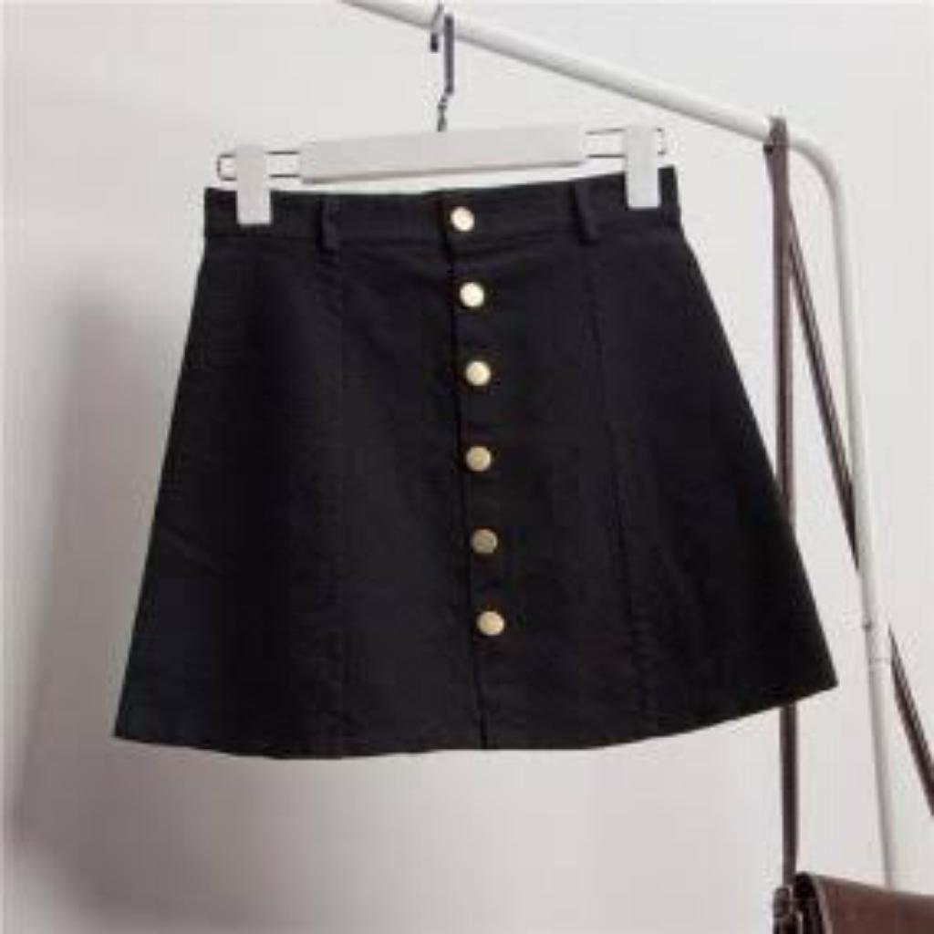 última venta disfruta de un gran descuento comprar genuino Falda Negra Corta con Botones Adelante - Trujillo