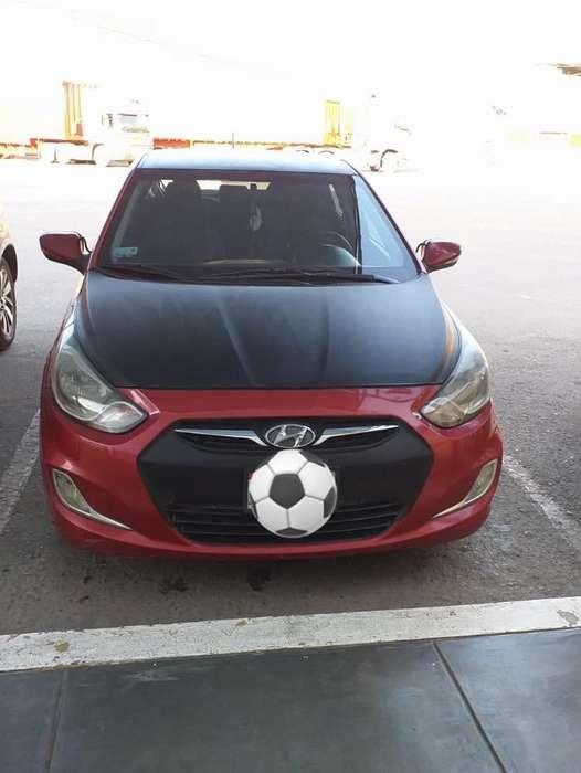 Hyundai Accent Hatchback 2014 - 86000 km