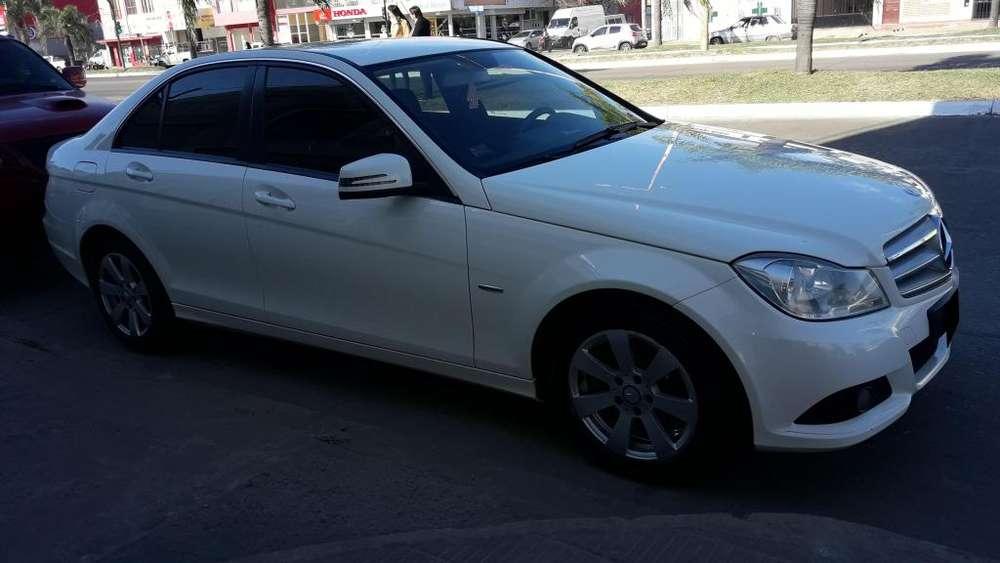Mercedes-Benz Clase C 2012 - 124000 km