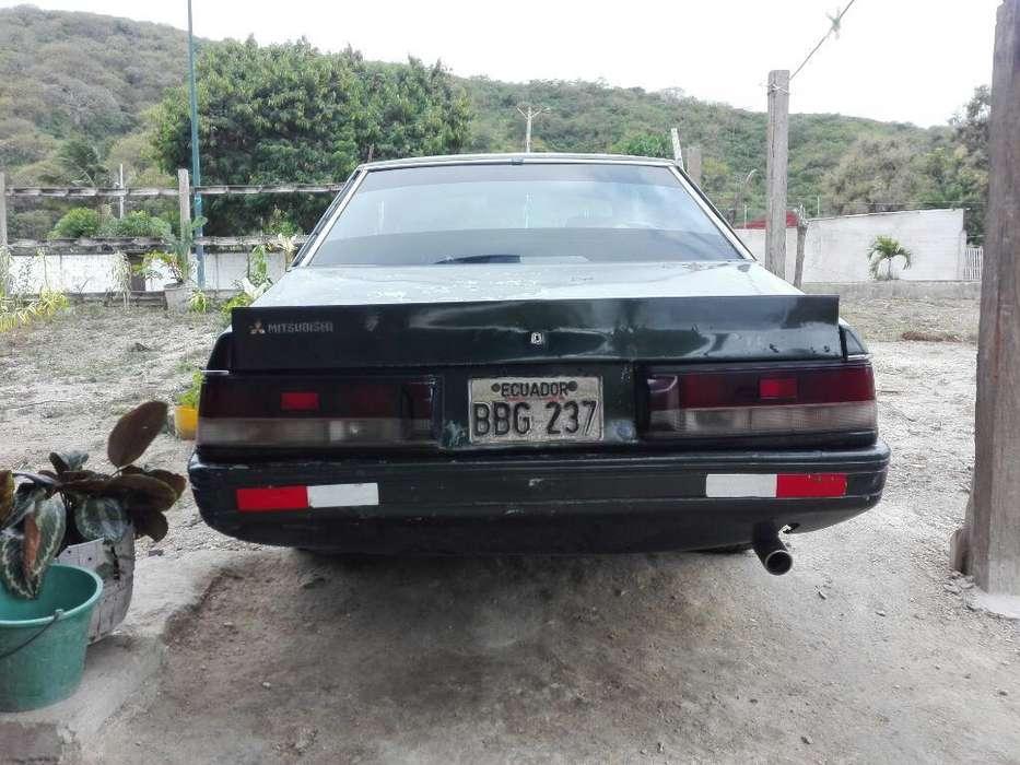 Mitsubishi Otro 1982 - 30000 km
