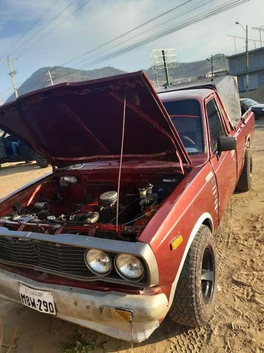 Toyota Hilux 1977 - 1111111 km