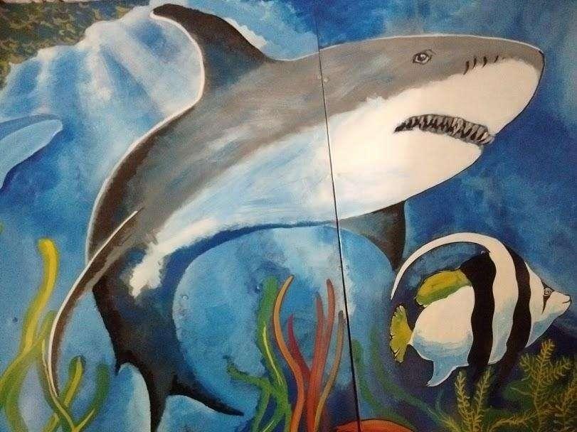 Murales de todo tipo sobre pared , pintados a pincel.