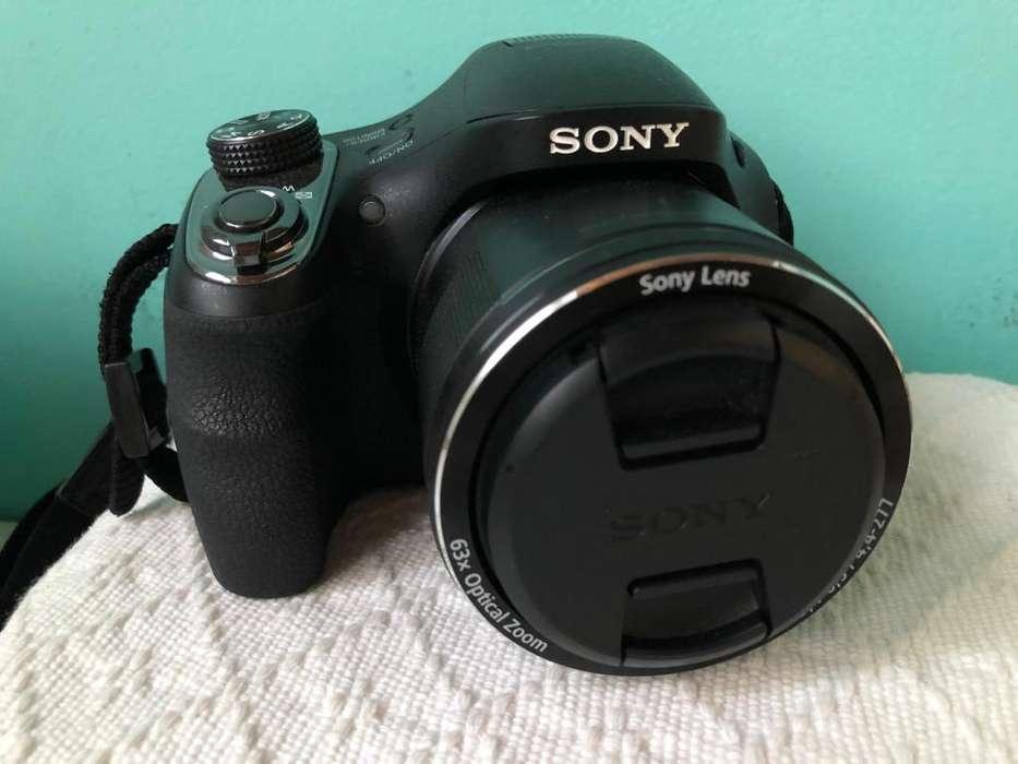 Cmara Sony Cyber Shot Dsc H400