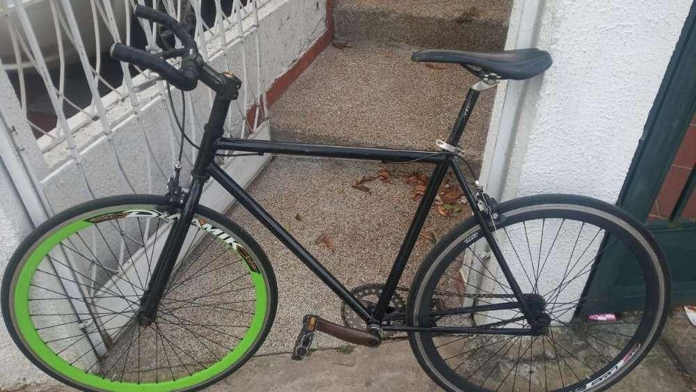 Bicicleta Gama Media Alta