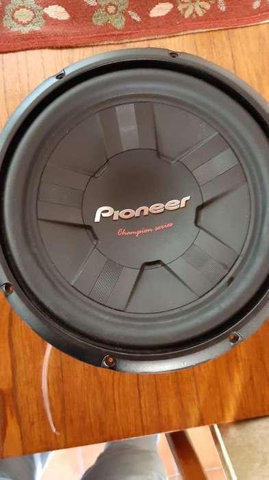 Subwoofer Pioneer 12' Potencia Boss