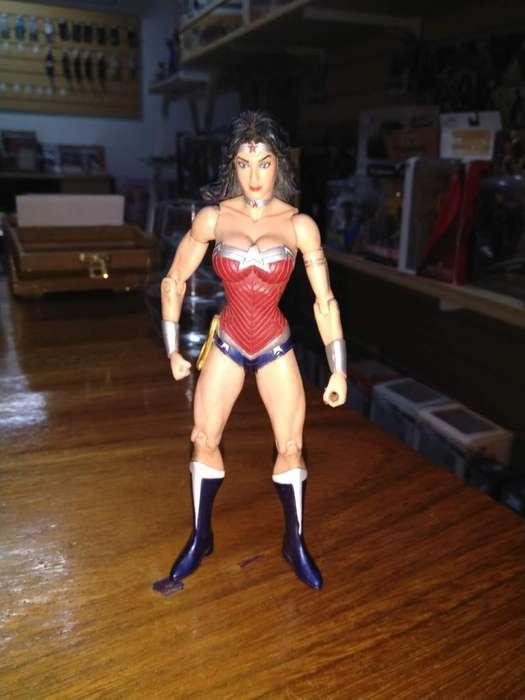 Wonder Woman Y Espantapájaros Precio C/u