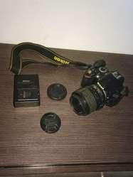Nikon D3200,acepto Teléfono X Parte Pago
