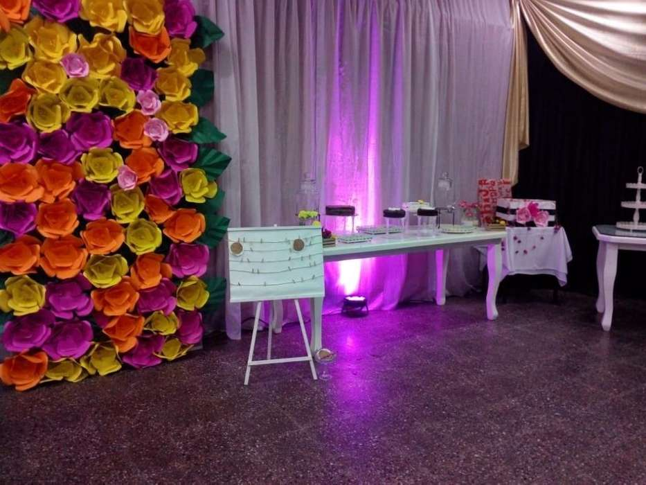Salon de Eventos Is May....