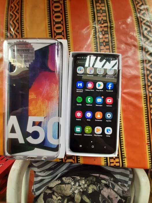 Vendo Samsung A50 Nuevo de Paquete 300