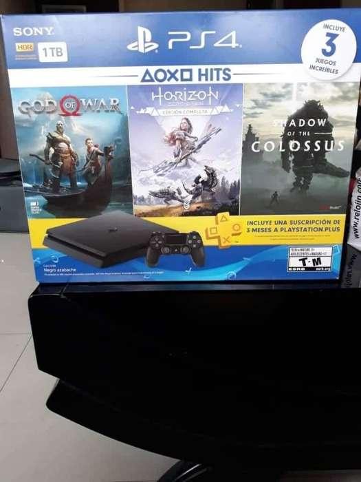 Vendo Playstation 4 1000gb con 3 Juegos