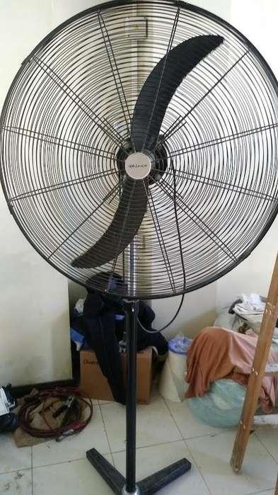 <strong>ventilador</strong> DE PIE INDUSTRIAL 30