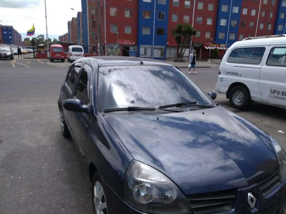 Renault Clio  2013 - 66000 km