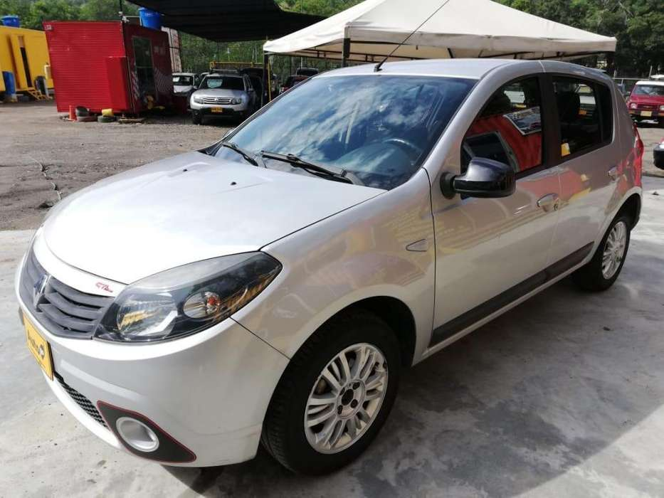Renault Sandero 2011 - 64000 km