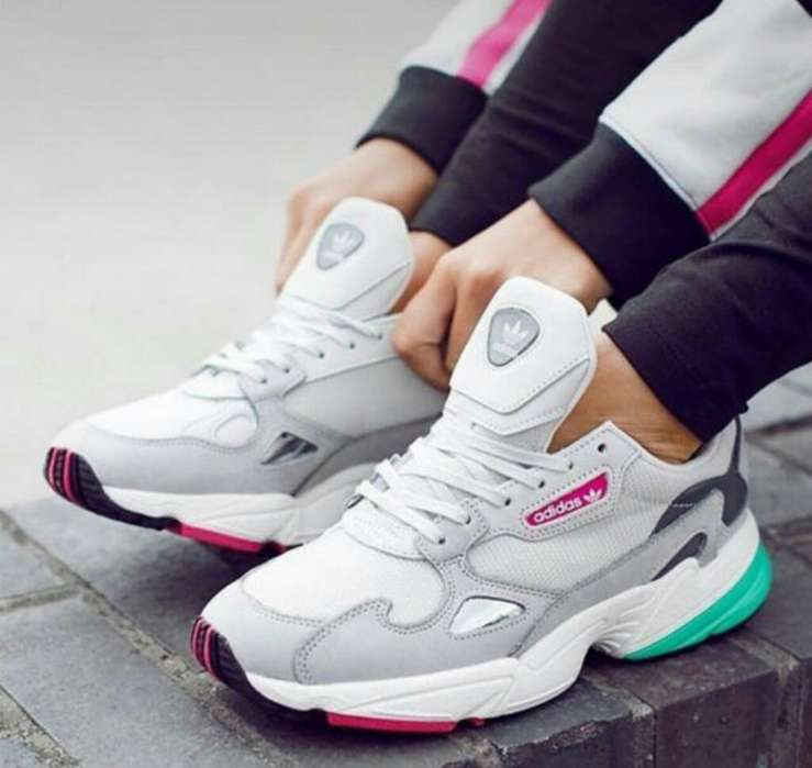 Tenis Adidas Dama