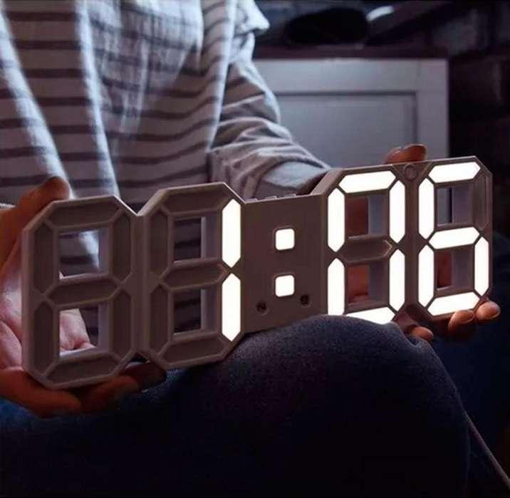 Reloj Despertador 3d Multifuncional Digital Led Con Alarma