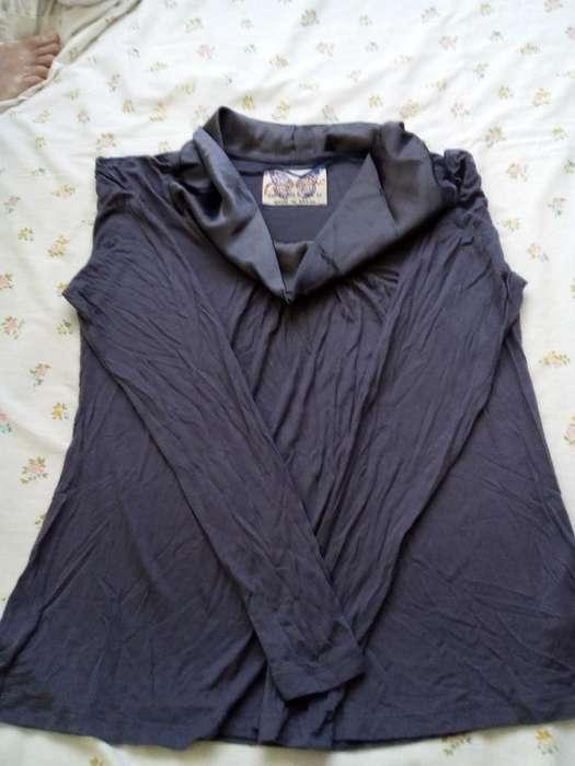 Remera Cuello de Raso Zara