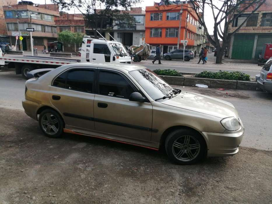 <strong>hyundai</strong> Accent 2004 - 450 km