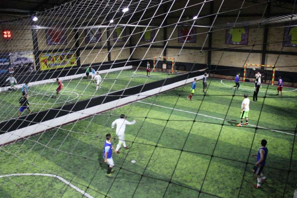 Venta Negocio Canchas De Fútbol 5 Y Fútbol 7 [Ganga]