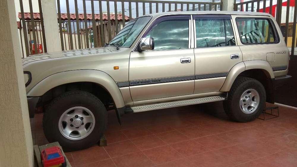 Toyota Land Cruiser 2003 - 230000 km