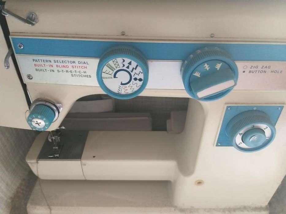 Maquina de Coser Electrical Ratings