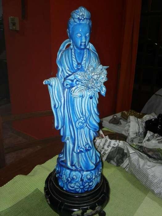 Escultura en Porcelana China
