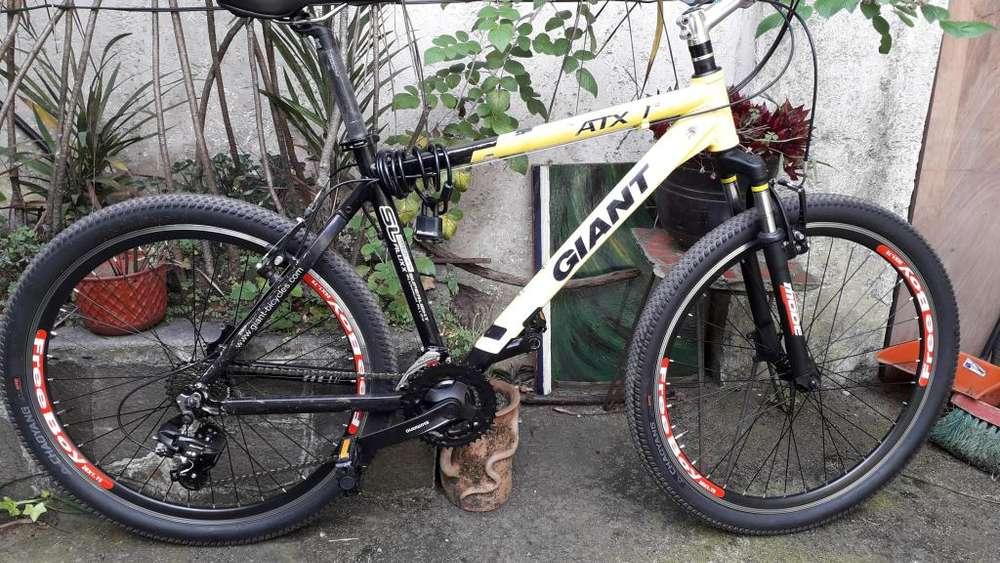 BICICLETA HOMBRE GIANT ATX 6011 ARO 26