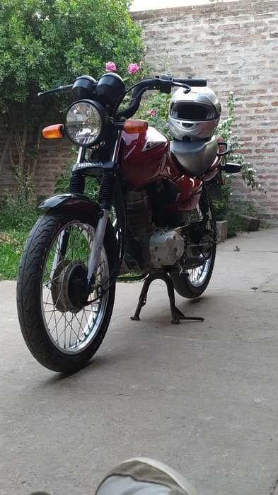 Vendo Titan 125 Ks Impecable