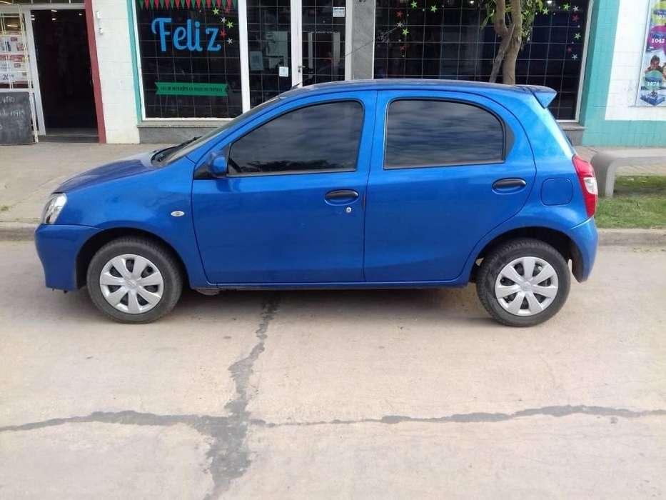Toyota Etios 2014 - 74000 km