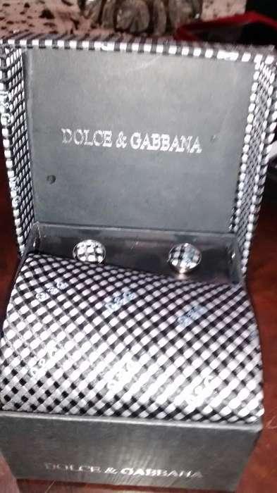 Dolce Gabbana Corbata Gemelos Pañuelo