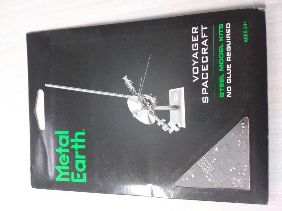 Nave Espacial Voyager de colección a escala