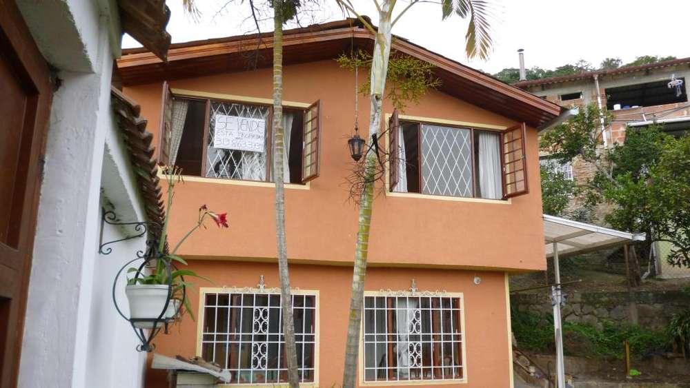 Casa en Guayabal de Siquima