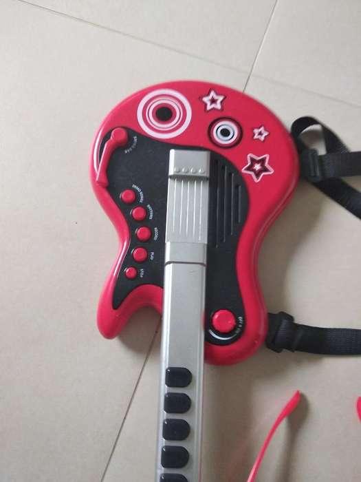 Vendo Guitarra Infantil