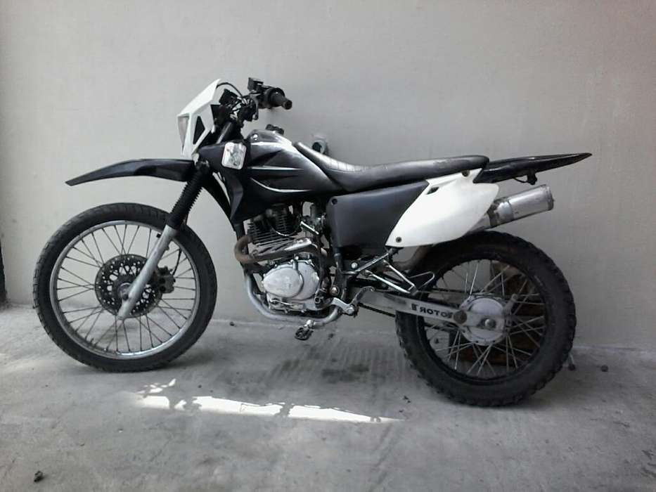 Se Vende Moto Sukida Motor 200
