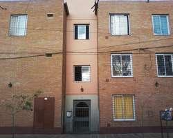 Alberdi Garzon Maceda 682, Dpto con patio y cochera