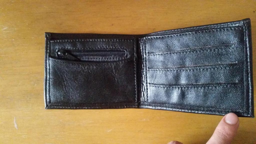 4c42bd743 vendo billetera de cuero nueva cel 958236845 - Arequipa