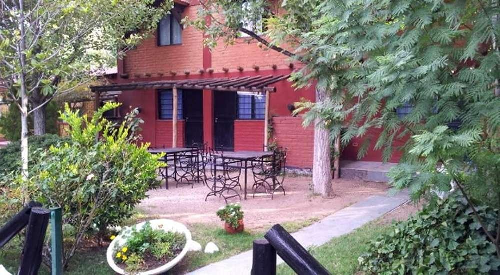 rr00 - Cabaña para 3 a 6 personas con pileta y cochera en Las Heras