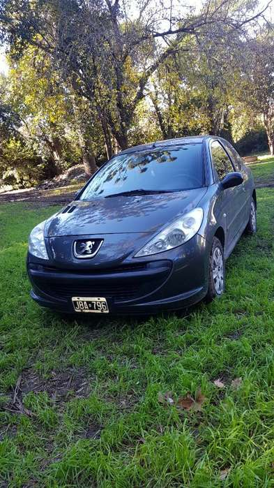 Peugeot 207 2010 - 110000 km