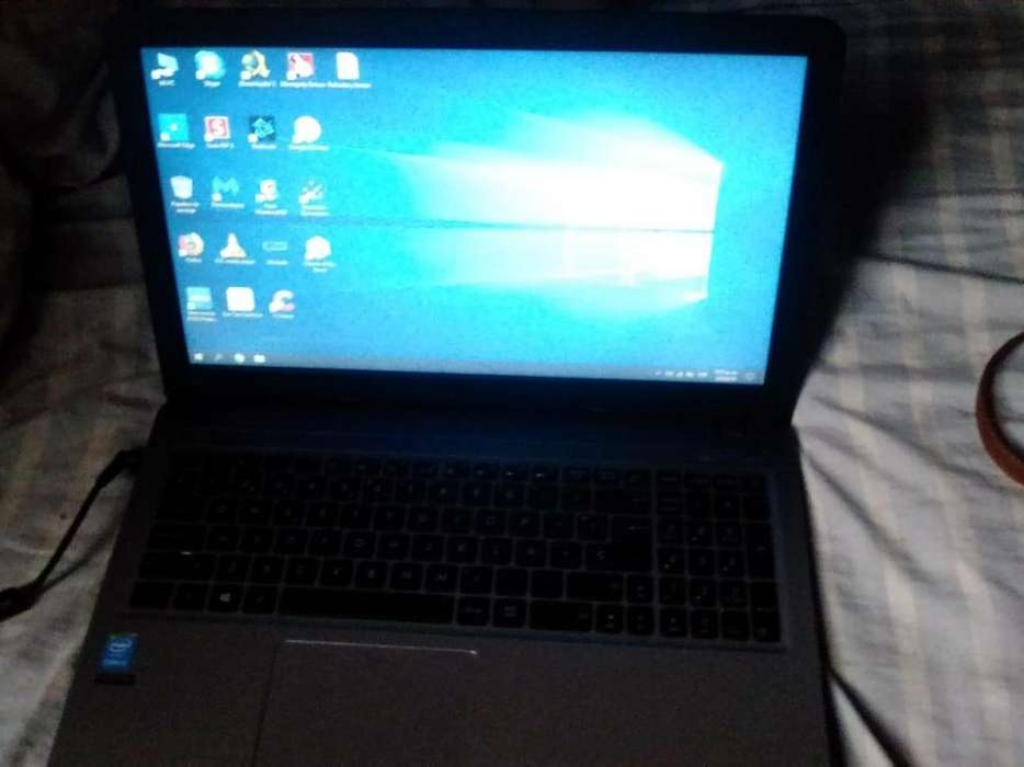 Laptop Asus X540L Intel Core i3 4GB RAM 1TB 15.6
