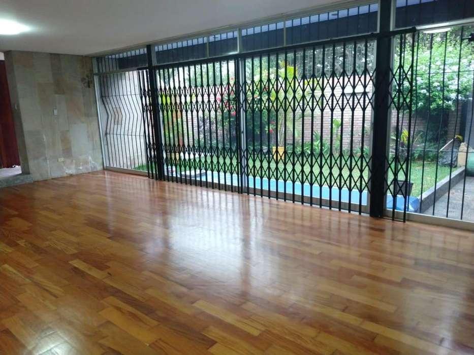 Alquiler de Casa en San Isidro