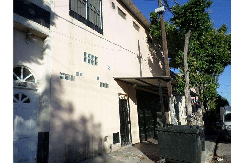 Venta en Avellaneda Planta de elaboración 826 m2
