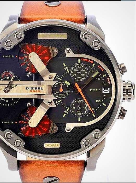 Reloj Diesel Original e Importado, Poco Uso, Impecable, Estado Excelente 10 de 10,,,,